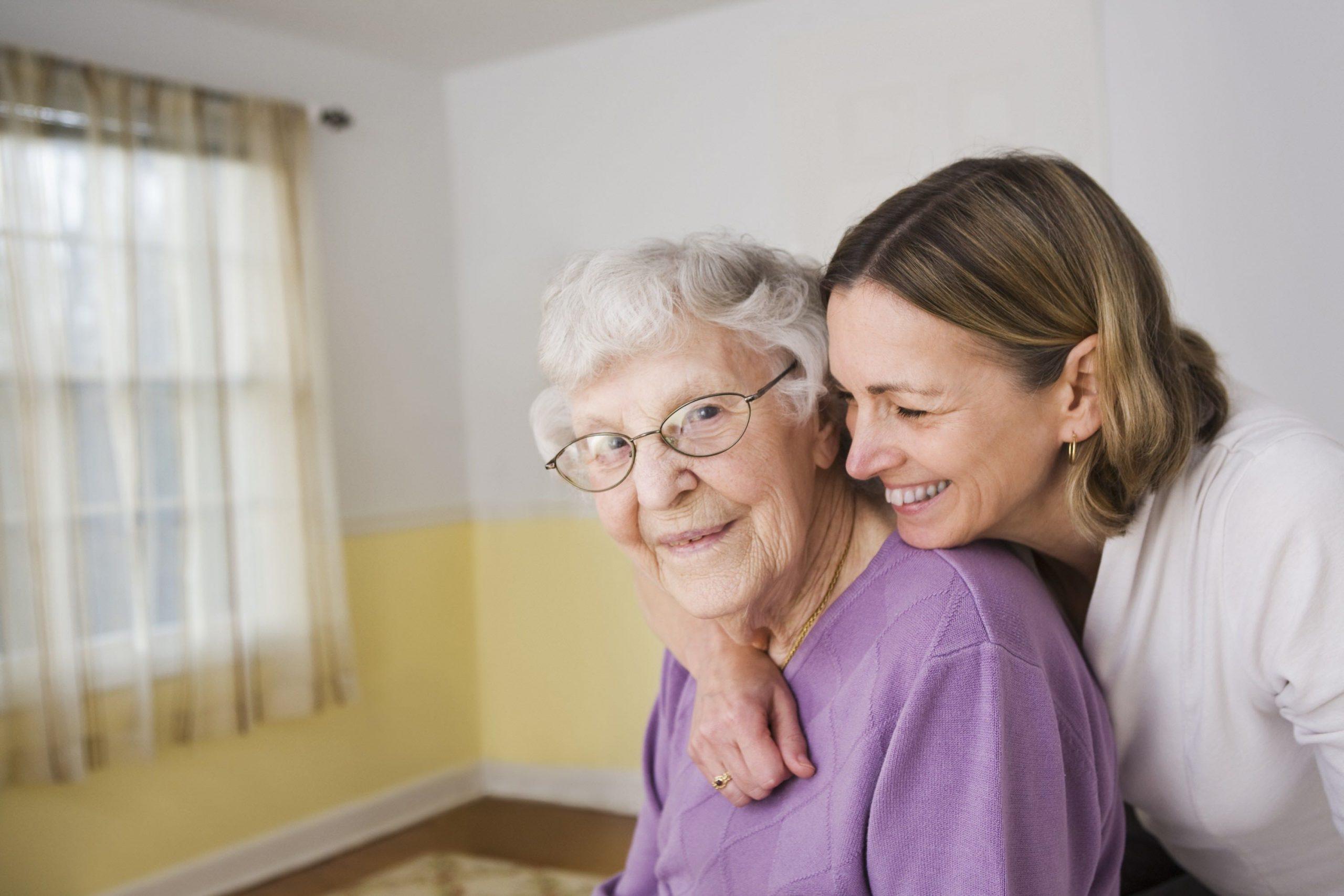 Veja quais são os cuidados necessários para o idoso com AVC