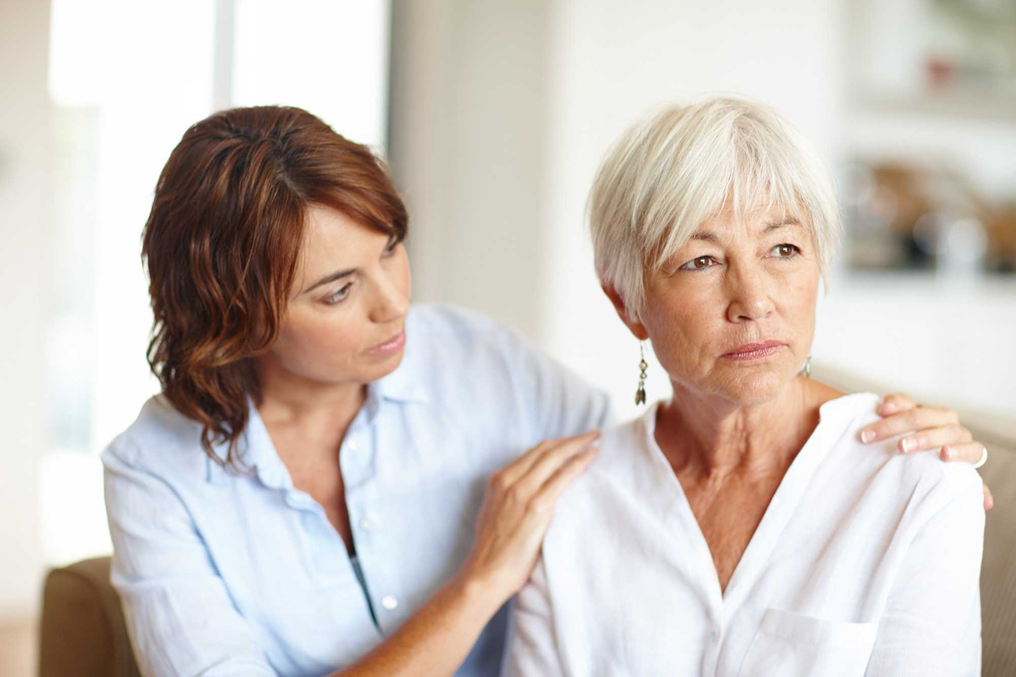 Luto para o idoso: saiba como ajudá-los nessa fase