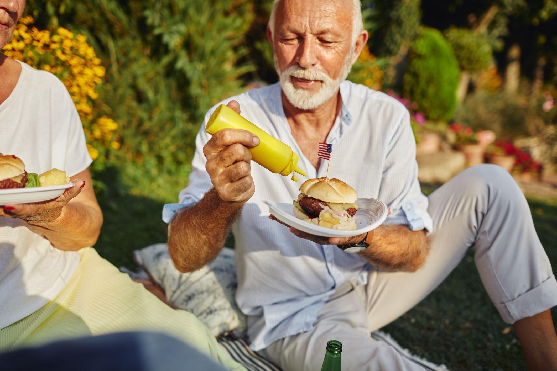 Perda de apetite em idosos: como lidar?