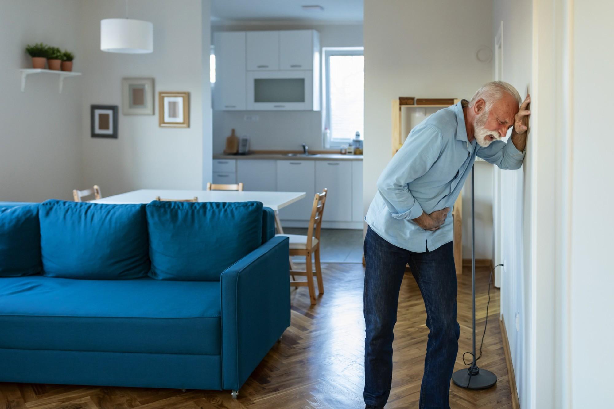 Saiba como identificar e tratar a infecção urinária em idosos