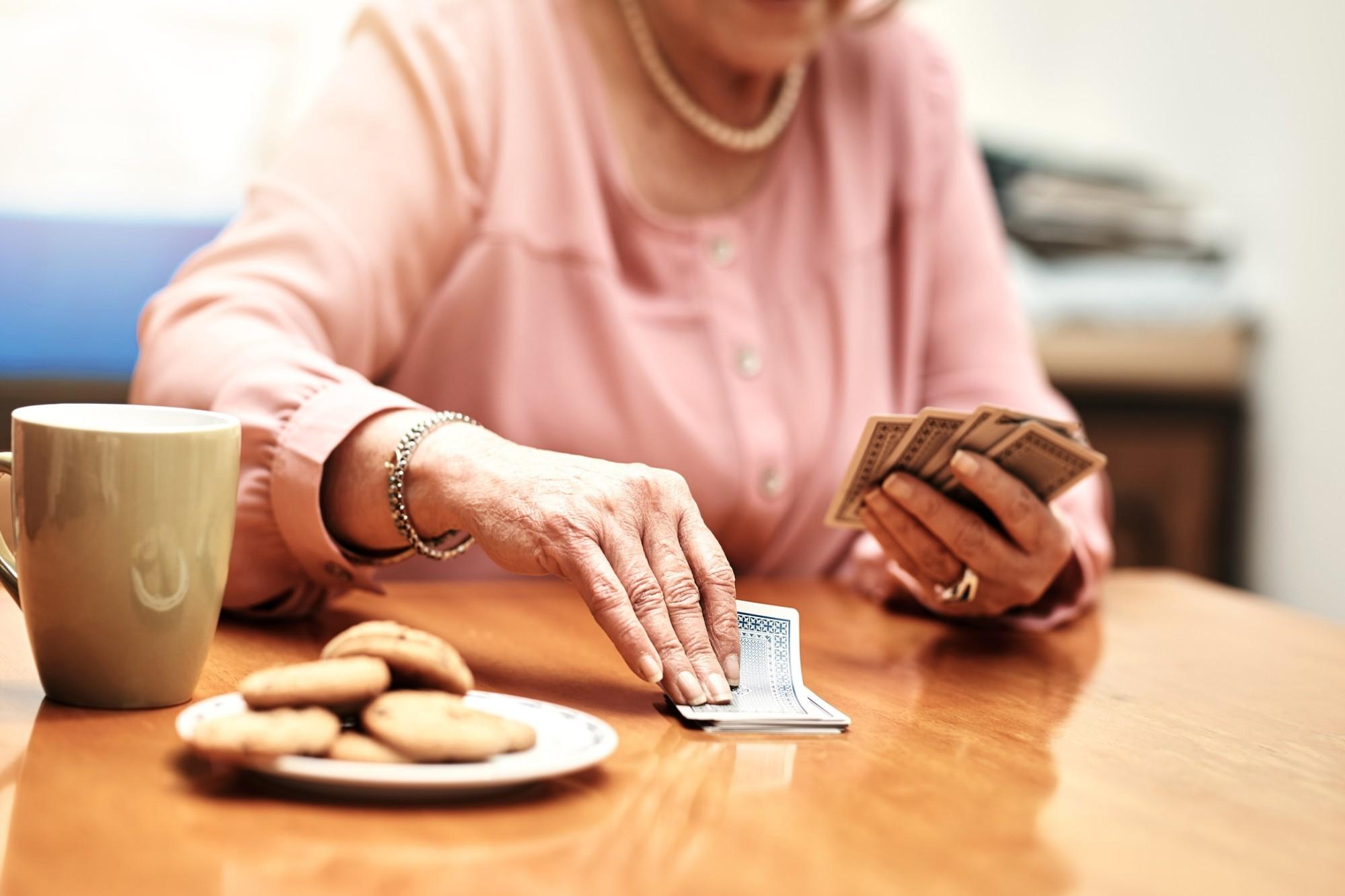 Veja 5 atividades cognitivas para idosos e seus benefícios