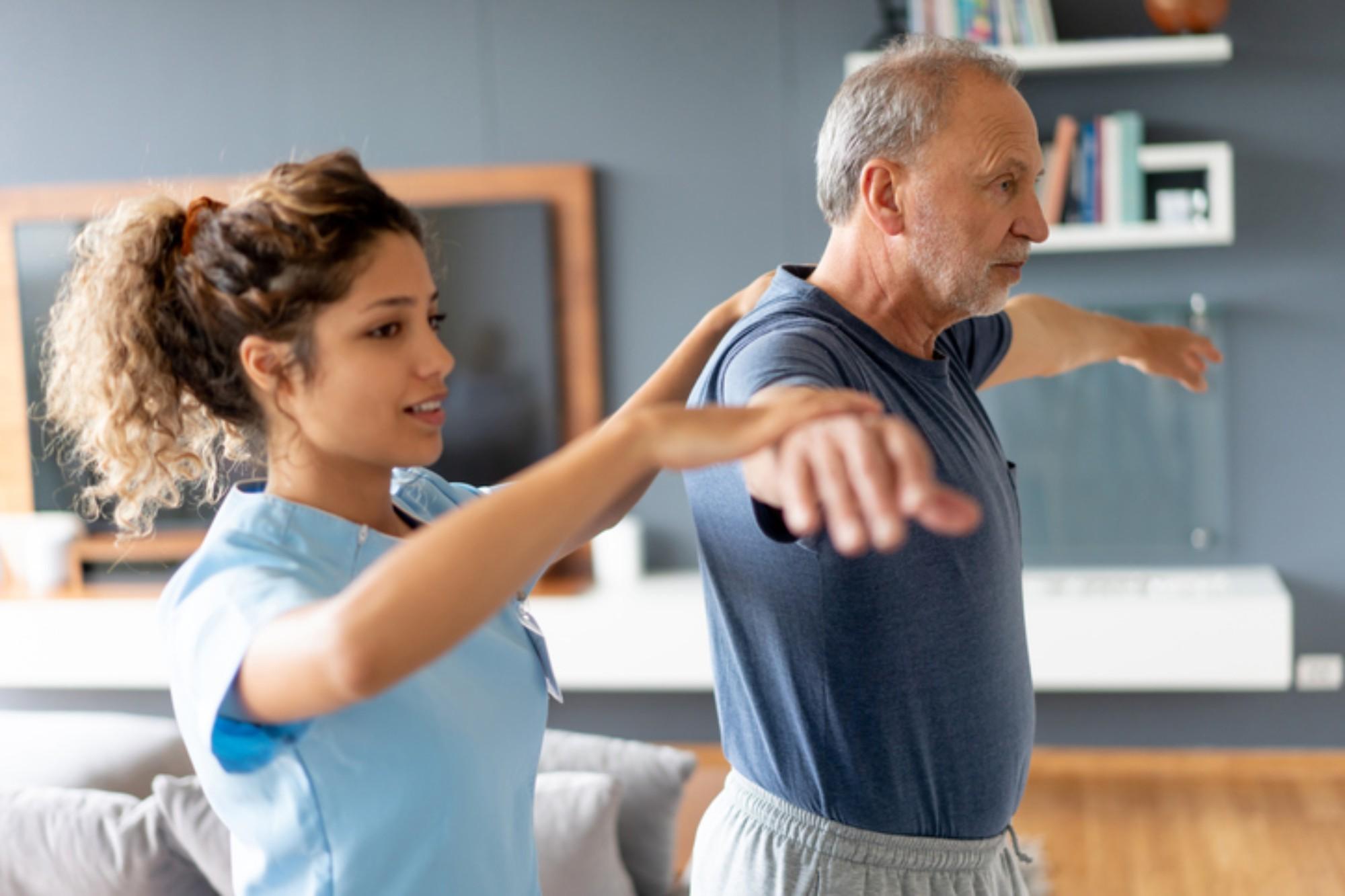 Fisioterapia home care: afinal, como ela pode ajudar o idoso?